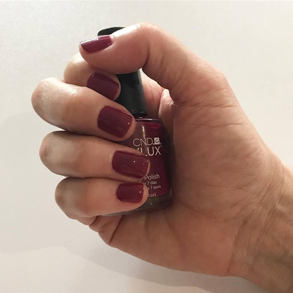 Express manicure at Stolen Moment Beauty